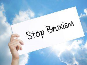 Bruxism and dental implants risks